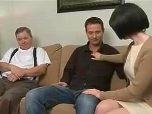 Porno beobachten Amateur Mama Mom Hot