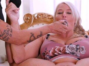 Blondine Lesbisch Anal Spielzeuge