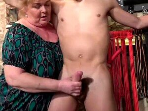Skinny Blonde Oma Große Titten